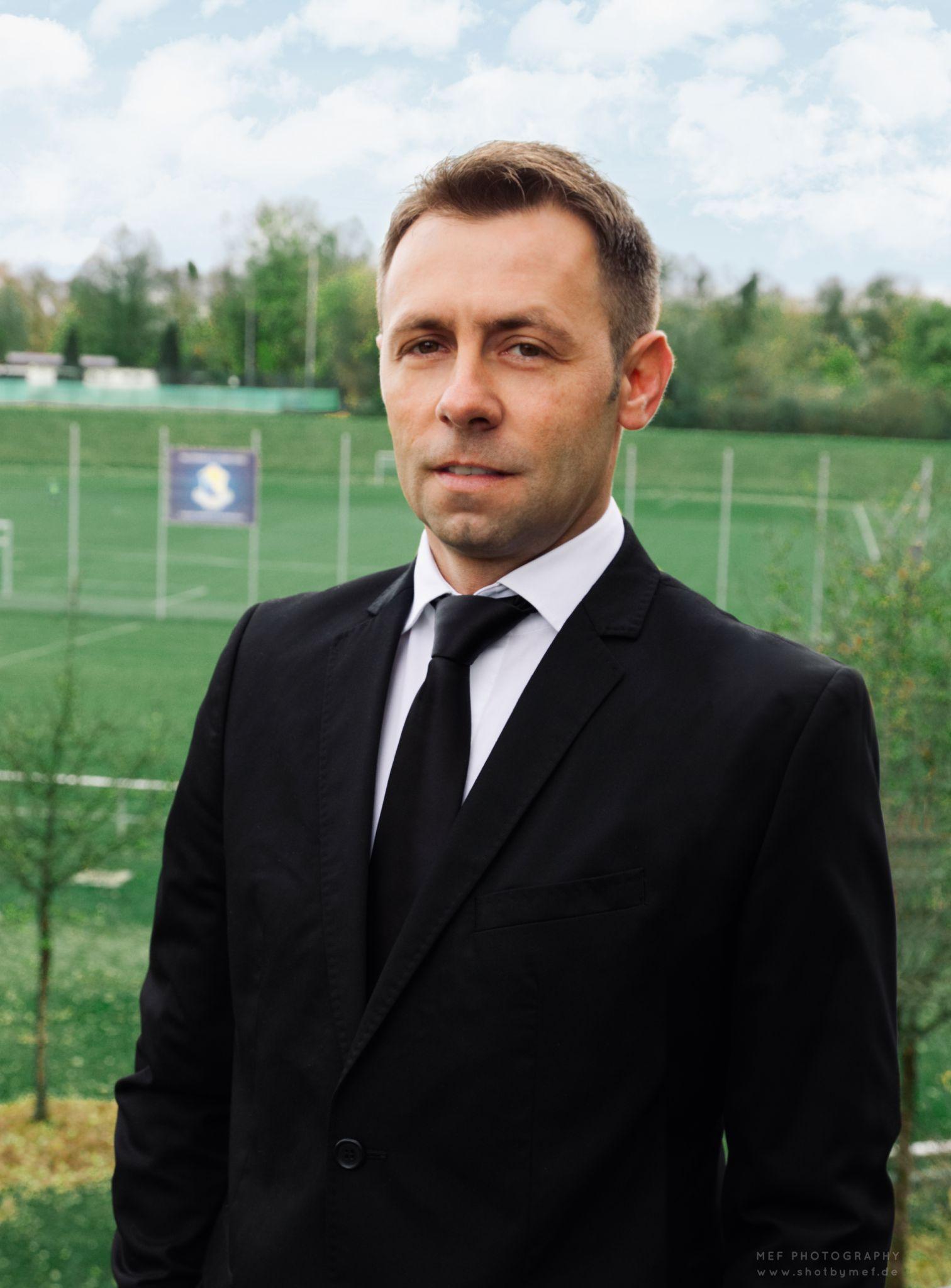 Edis Mulaosmanović (Präsident)